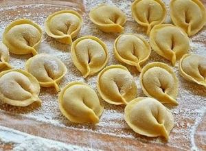 Тесто для пельменей и вареников
