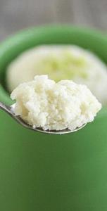 Приготовление лаймово-кокосовго кекса в кружке